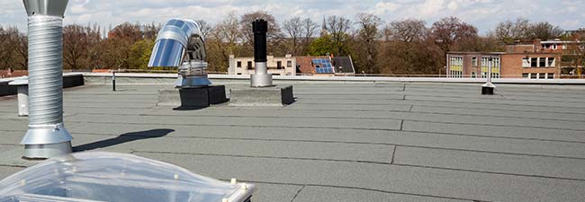 daklekkage plat dak repareren